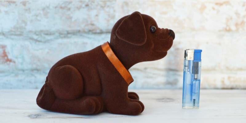 Retró ajándékok kedvelőinek óriás bólogatós kutya